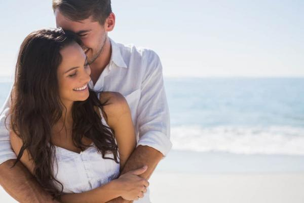 7 sneaky red flags hiding in your relationship - Family Today