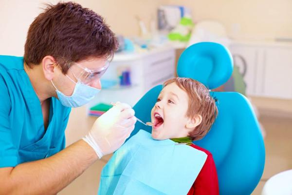 5 ways to find a dentist your kids (and you) will love - FamilyToday