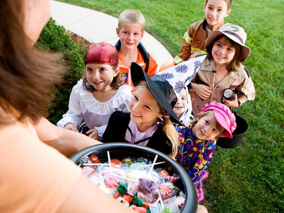 halloween, kids, trick-or-treating